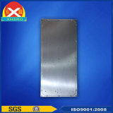 Disipador de calor de extrusión de aluminio con placa refrigerada por agua para estación WiFi