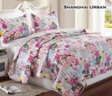 現代デザイン柔らかい手の感じの綿のベッドカバーのキルト