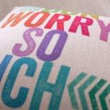 L'inglese segna il cuscino con lettere di manovella stampato tela del cotone per mettere senza farcire (35C0010)
