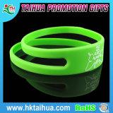 Bracelet fait sur commande de silicones de silicones de nouveau produit de moulage populaire de bracelet
