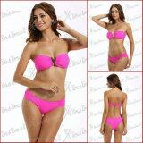 La parte superiore del Bandeau del V-Collegare & ha increspato l'insieme inferiore laterale del bikini