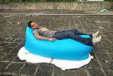 Tela de nylon y aire que llenan Laybag, saco de dormir inflable