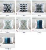 ダイヤモンド格子ソファーの厚い綿モデル部屋の装飾のクッションの枕