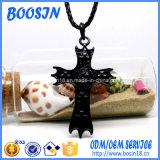 Collar pendiente de la cruz negra al por mayor del metal para la promoción religiosa