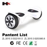 2 Rad-Selbstbalancierender Vorstand-elektrischer treibender Roller