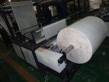 Bolso de compras no tejido de las telas que forma la máquina