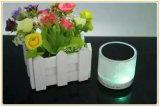Altoparlante portatile chiaro variopinto del LED mini Bluetooth con la scheda di TF (ID6005)