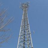 電流を通された鋼鉄タワーの自己サポートの通信塔