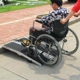 アルミニウム自動車部品の車椅子の傾斜路