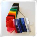 Feuille 100% matérielle d'acrylique de couleur rouge de Vierge