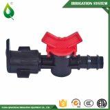 Sistema de irrigación plástico de riego negro de la válvula de la instalación de tuberías