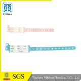 El Wristband del vinilo con crea para requisitos particulares