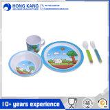 Plaque de dîner réglée d'utilisation de vaisselle multicolore durable de mélamine