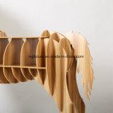 創造的な木の馬の側面表