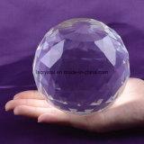 装飾のための110mmのクリスタルグラスの透過明確な彫面を切り出された球