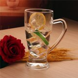 vidrio de agua 400ml con la maneta. Taza hermosa de la cerveza