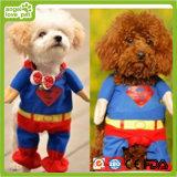 Il superman copre il prodotto di fantasie dell'animale domestico