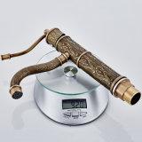 Do misturador de bronze antigo do dissipador do Faucet da bacia de Flg único punho