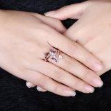 Basisrecheneinheits-Form-Diamant-Frauen-Ring-Rosen-Gold überzog Frauen-Schmucksachenzircon-Legierungs-geöffnete Ringe