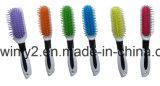 Nova escova de cabelo séria para o salão de beleza