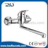 Faucet de bronze do misturador do banho de chuveiro do cromo da única alavanca fixado na parede