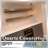 Partie supérieure du comptoir blanche en cristal de quartz, brames en pierre semi-précieuses