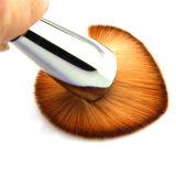 大きい斜めの粉の基礎Kabukiの装飾的なツール3Dの構成のブラシ