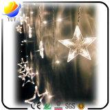 装飾のための星、許可および雪片の形の点滅のクリスマスの照明
