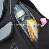 ナイロン赤ん坊のおむつ袋の変更のパッドの大きい容量の赤ん坊のおむつのバックパック