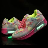 USBポリマー電池が付いている最新のデザイン競争価格LEDライト点滅の靴