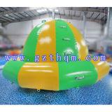 Gioco umano girante gonfiabile esterno dell'acqua del Aqua Park/UFO del giroscopio