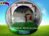 Pubblicità della sfera gonfiabile del globo della neve