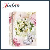 Saco de papel Ivory laminado lustroso do presente da compra da sapata do casamento de papel
