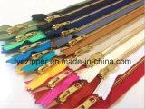 衣類か衣服または靴または袋またはジーンズ(3#/4#/5#/8#/10# Yの歯のタイプ)のための金属のジッパー