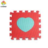Le grandi stuoie del gioco della gomma piuma di EVA del cuore per i bambini