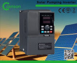 C.C. do híbrido ao inversor solar trifásico do sistema de bomba da água da C.A.
