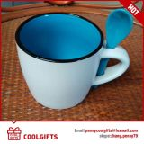 منتج حجريّ يزيّن قهوة إبريق خزفيّة لأنّ هبة