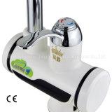 Golpecito de agua inmediato eléctrico del grifo de la calefacción con el indicador de la temperatura