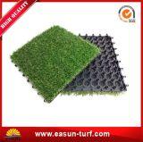 Populärste Innen- und im Freien blockierende grüne künstliche Gras-Fliese