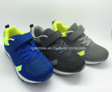 Vendedor quente Summer Children Sport Running Shoes with Breathable Upper
