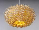 Tipo lámpara de la jerarquía del techo con la pantalla de bambú