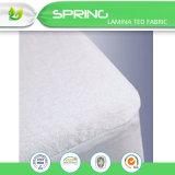 Protector impermeable blanco del colchón para la base de la talla de la reina