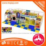 Parque temático interno popular com labirinto do campo de jogos do injetor dos miúdos
