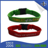 Concevoir le bracelet en fonction du client de festival de charme avec l'agrafe en plastique