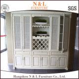 N&L personalizou a mobília luxuosa da madeira de gabinete da cozinha do projeto