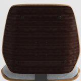 Cadeira de madeira do eucalipto tradicional com assento da tela