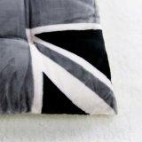 Английской подушка сиденья фланели флага серой напечатанная ваткой