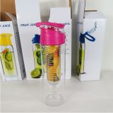 BPA Free Tritan Material Fruit Juice Infuser Water Bottle mit Fruit Infuser