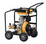 高圧洗濯機および車輪(DHPW-2600)が付いているディーゼル機関