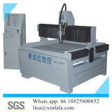 アルミニウムおよび純木の彫版のための機械CNCのルーターを切り分けること